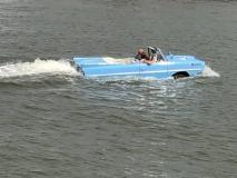 Auto-boat