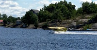 Floatplane landing