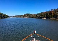 Cruising Cumberland River