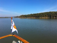 Cruising the Tennessee River